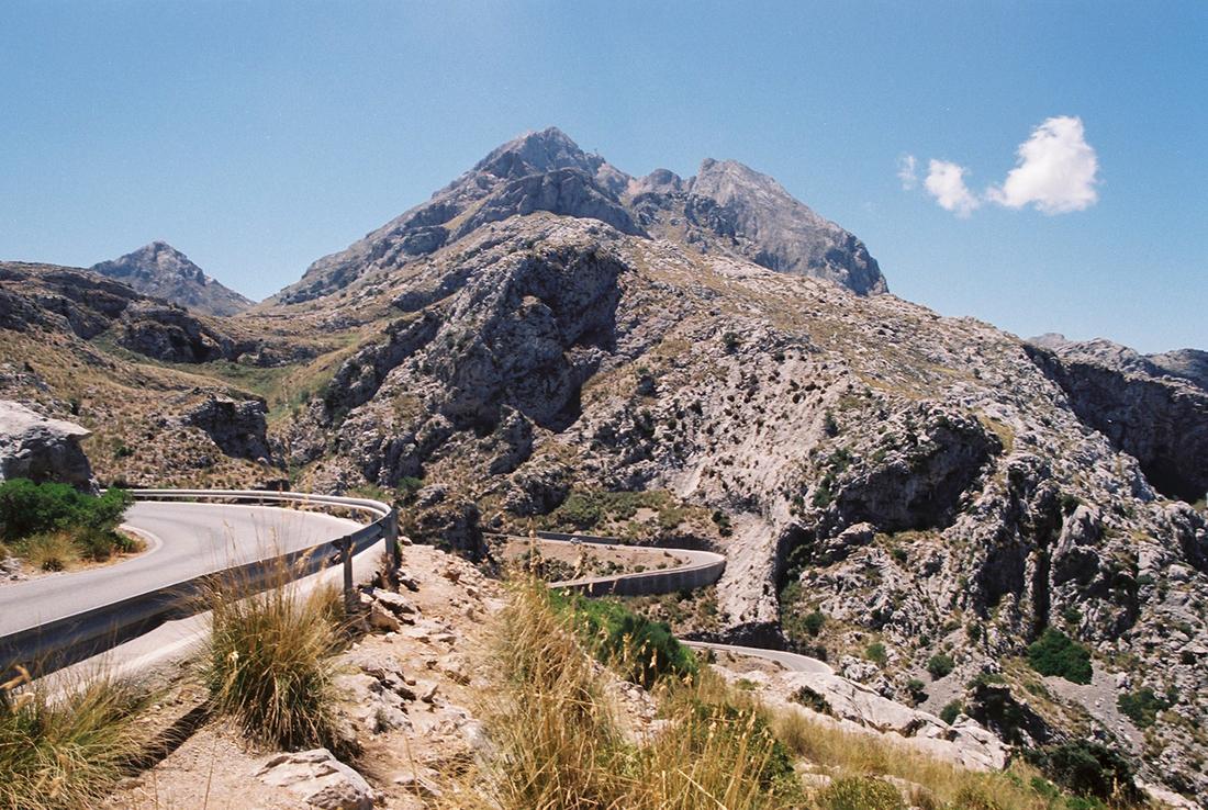 Sa Colobra serpentine in the Serra de Tramuntana